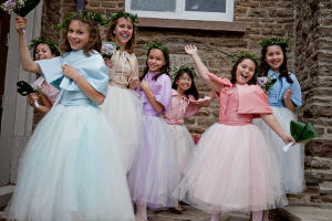 Labl_BP_Flowergirls_300x200_072_100